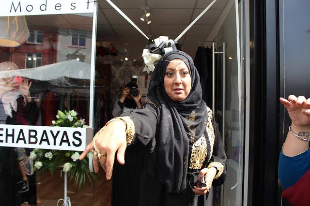 Immeh Abayas