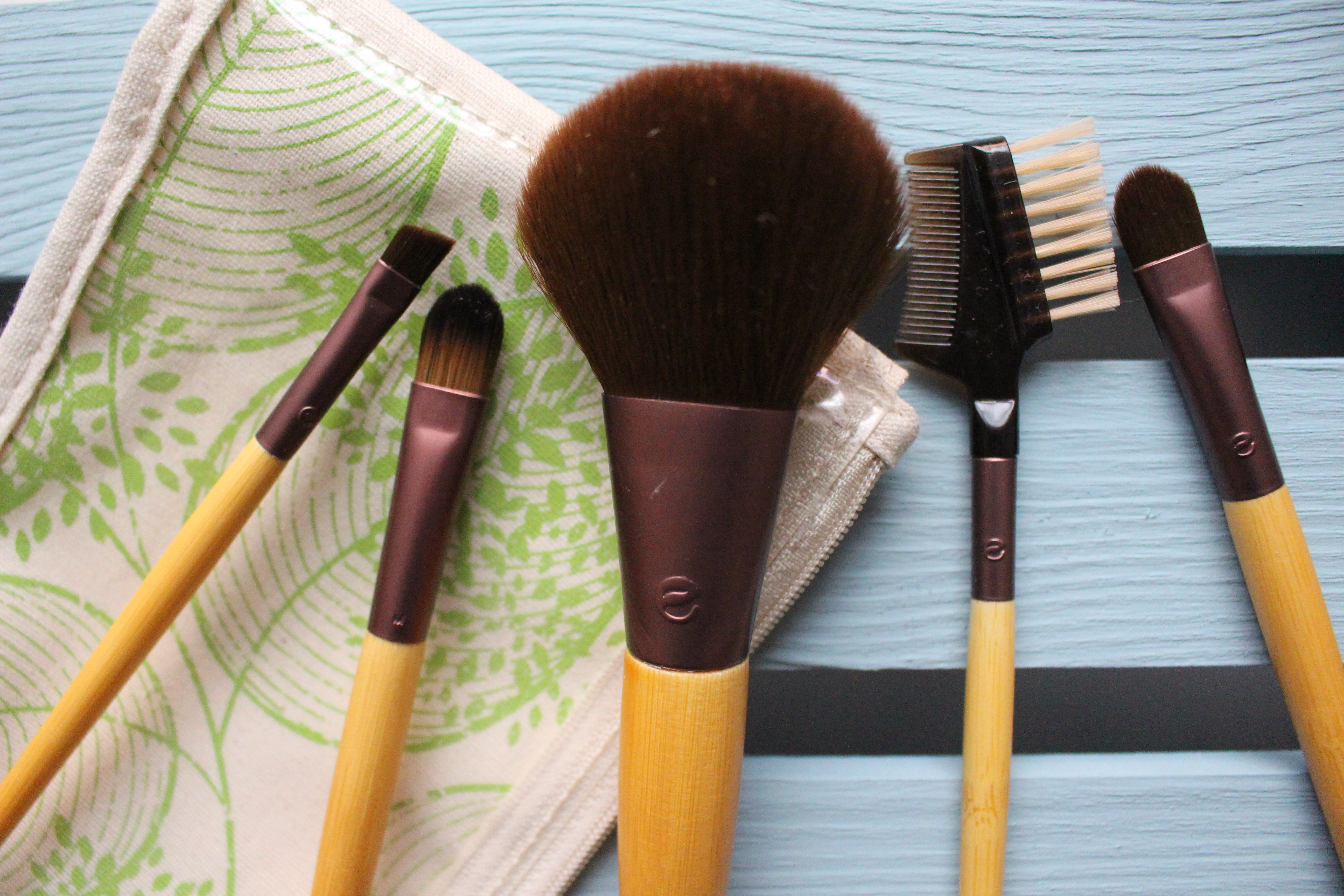 Budget Make Up Brushes