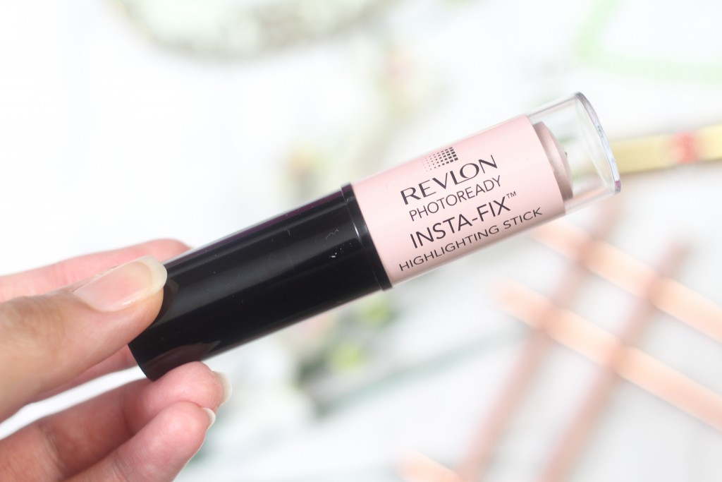 Revlon Photoready Insta-Fix highlighting stick review