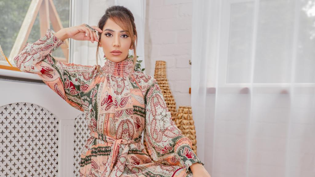 Amena Khan